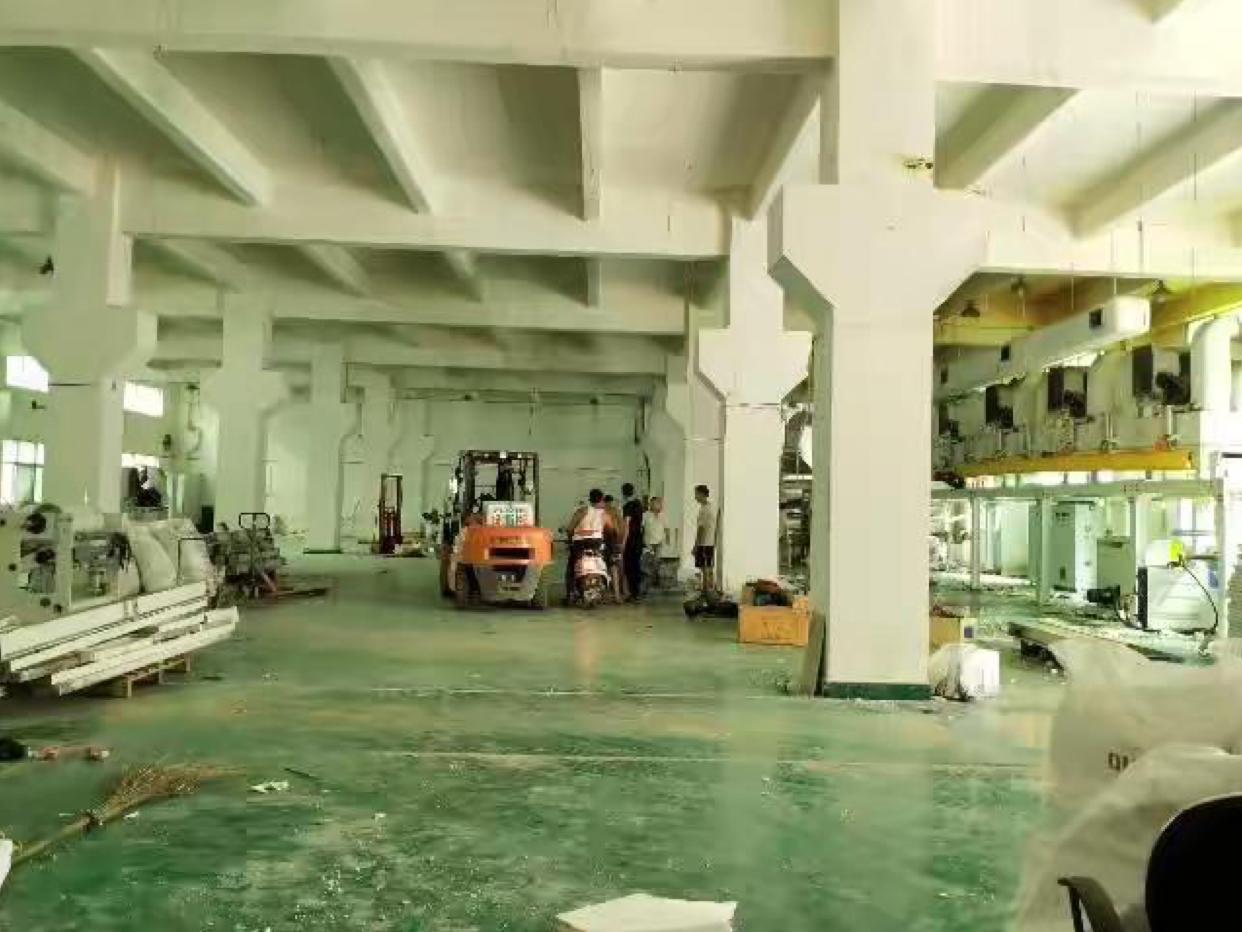 惠阳秋长工业区内标准一楼厂房出租2600平带牛角