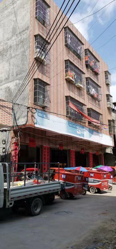 惠州市惠城区河南岸有1000平厂房出租。