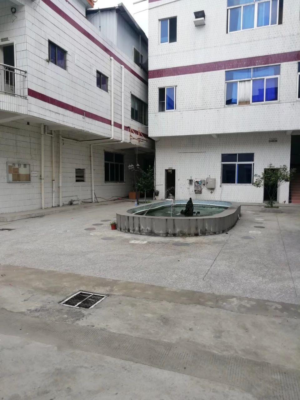 东莞市长安镇沿江高速出口附近新出独院厂房3100平招租