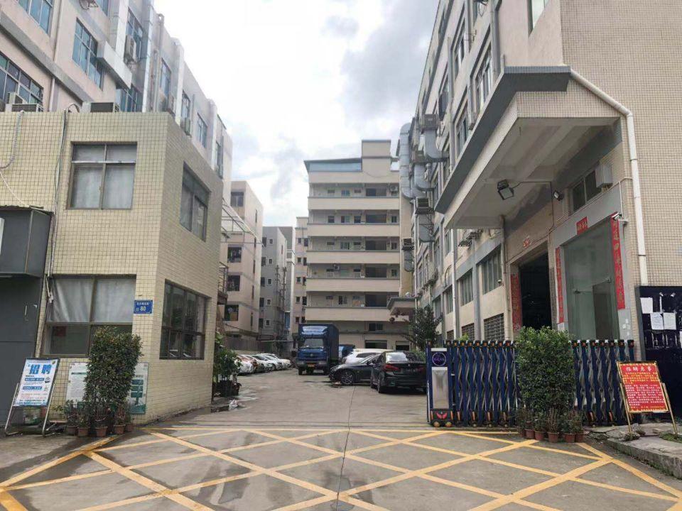 长安乌沙新出一楼高度六米自带行车精装修厂房1600平。
