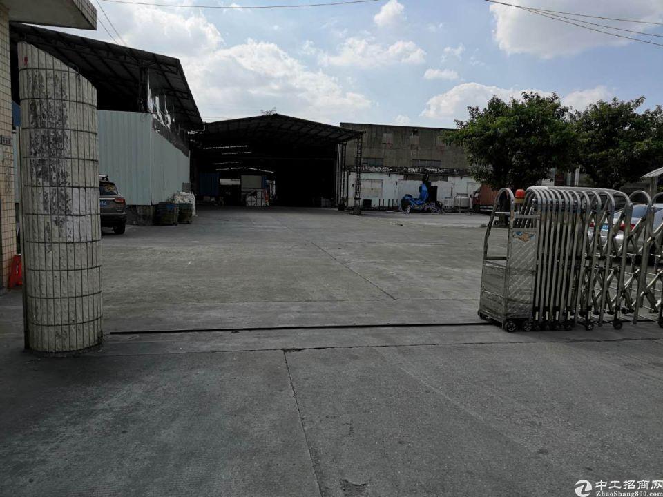 独院厂房1800平,空地800,工业用地,适合多种行业