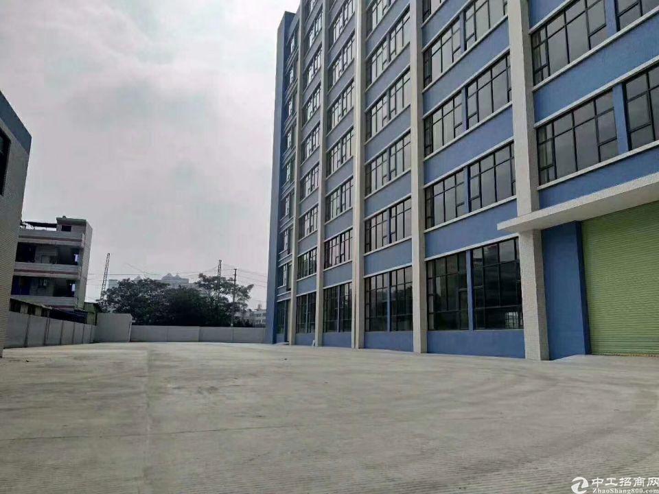 长安乌沙大润发旁新出楼上厂房3000平方