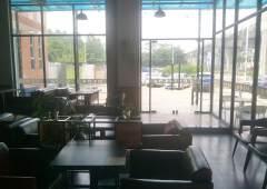 洪梅镇180平米现成咖啡厅出租转让
