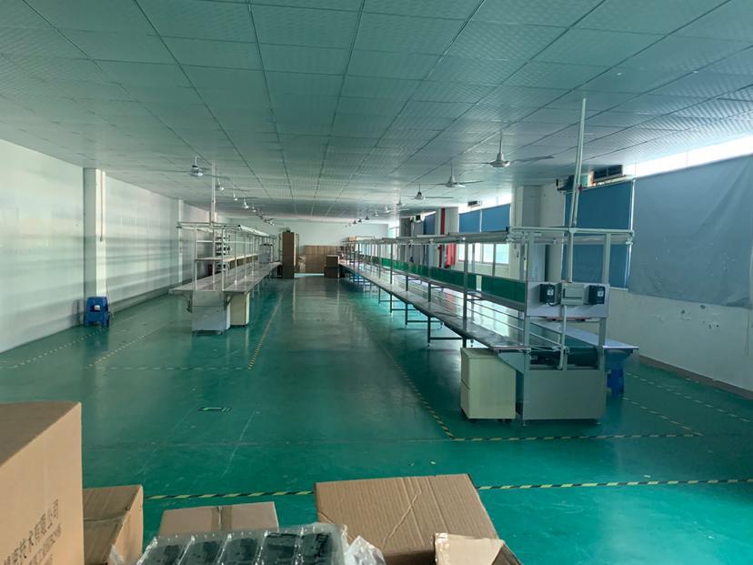 福永大洋田距地铁口500米楼上整层带装修无转让费1500平厂