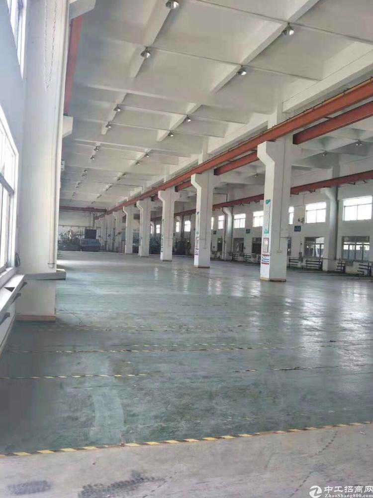 东莞清溪国有证红本厂房占地26313平单一层厂房15000方