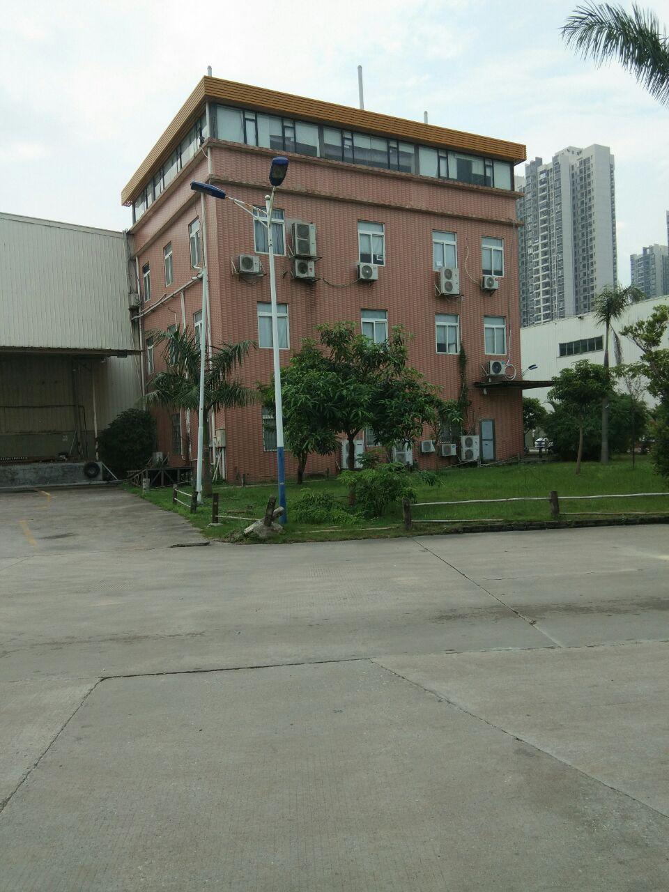 独栋厂房800平方1到4层靠近马路边