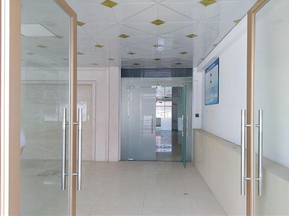长安乌沙一二楼厂房2300平方招租