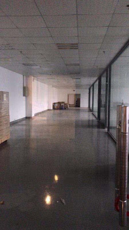 公明田寮高新区新出楼上2400平方带装修厂房出租-图5