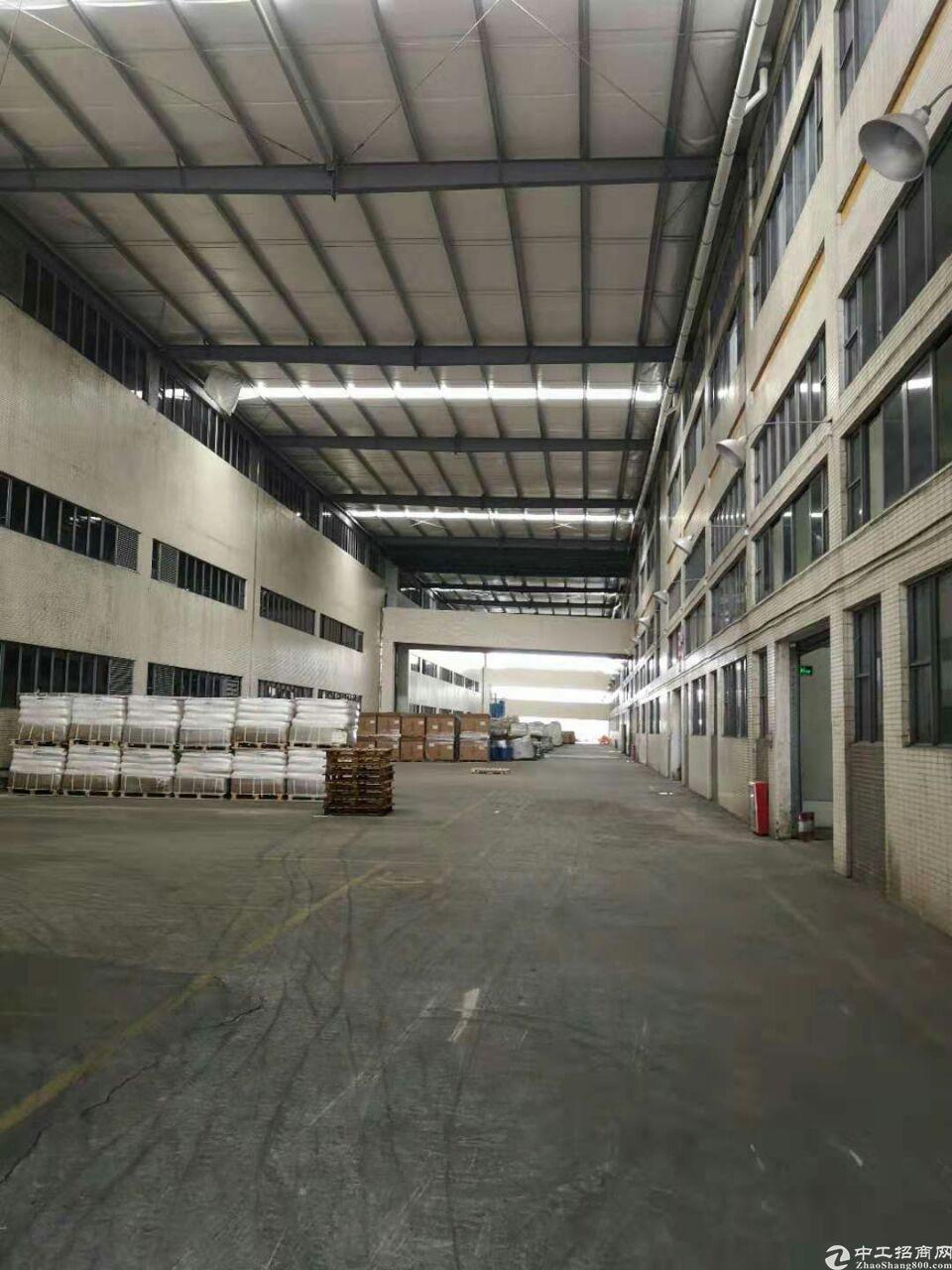 天河区主干道旁大型工业区物流仓库500平出租