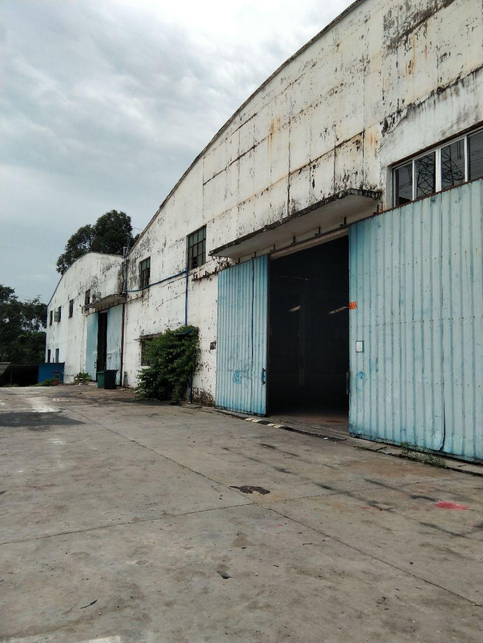 中大纺织城10公里新出1500平方简易厂房仓库