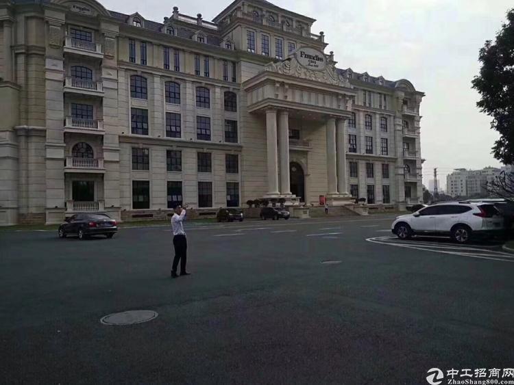 万江新出一楼1600平方,有行车,位于成熟工业区,
