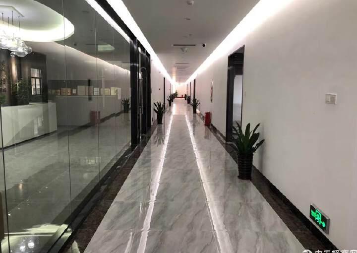 福永会展中心精装修写字楼300平方,做好隔间图片6