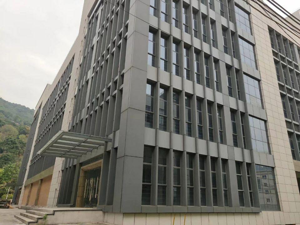 广州占地6200㎡建筑5500㎡双证厂房出售