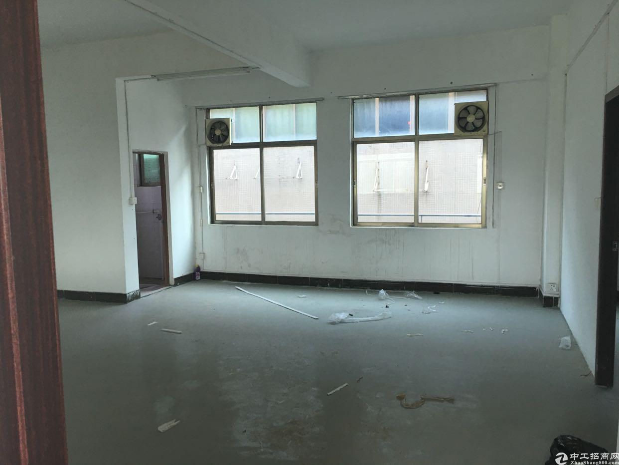 西乡固戍地铁口附近300米办公室厂房