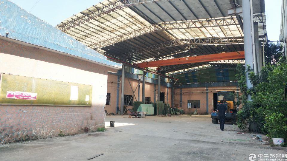石岩南光高速出口新出独院钢构厂房4200平方,9米高,现成行