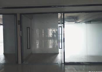 宝安福永地铁口90平写字楼出租图片4