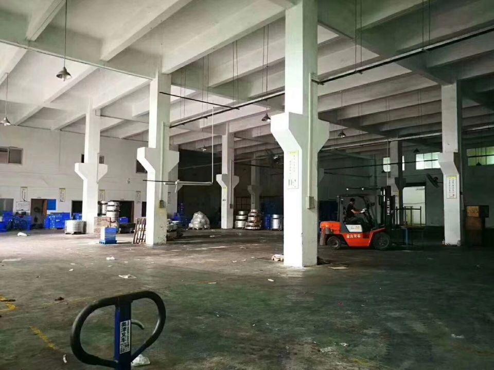 清溪7米带牛腿标准厂房一楼1950平出租-图3