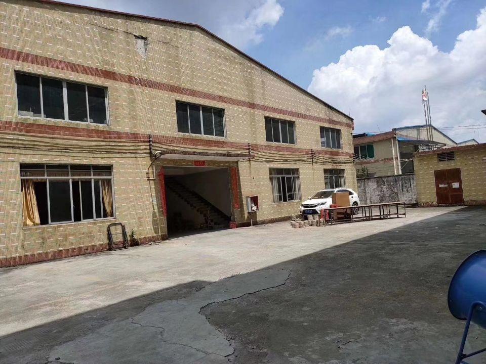 白云区江高工业区仓库单一层3360平方,可分租