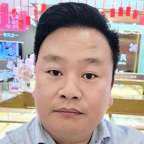 厂房经纪人吴彪