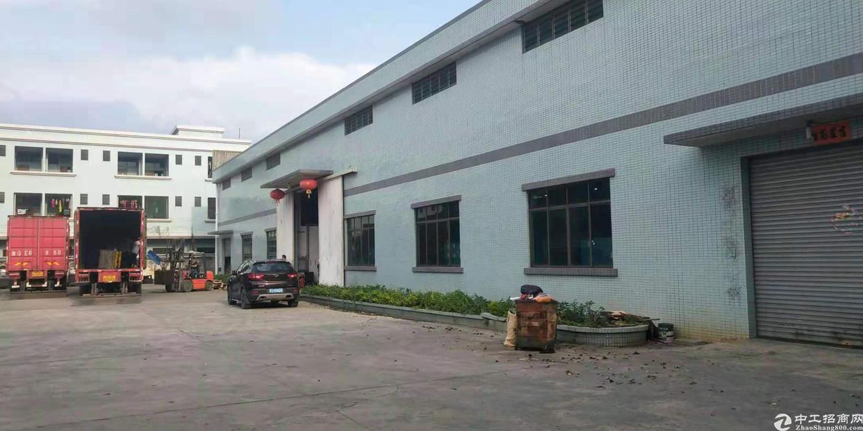 东莞市企石镇单一层独院厂房出租,砖墙到顶3000平方