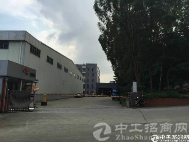 厚街镇桥头村第二工业区附近新出7000平物流仓库招租可分租
