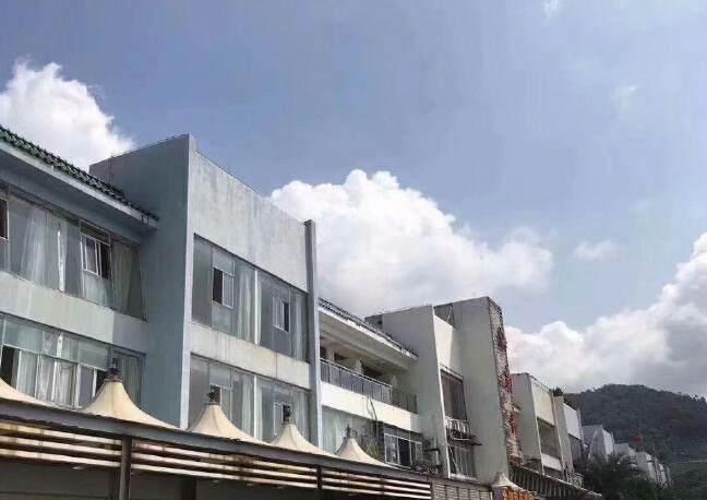 盐田一线海景联排商业楼出租: 共5栋商业楼招商面积14420