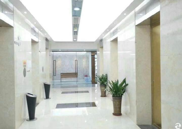 宝安中心区甲级写字楼出租带家私中央空调地铁口图片4