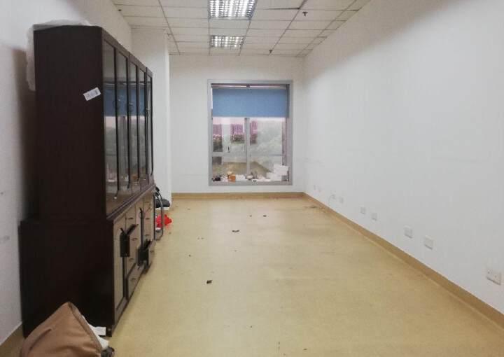 福永地铁口(立新湖)三楼3900平方现有20,52,104平图片5