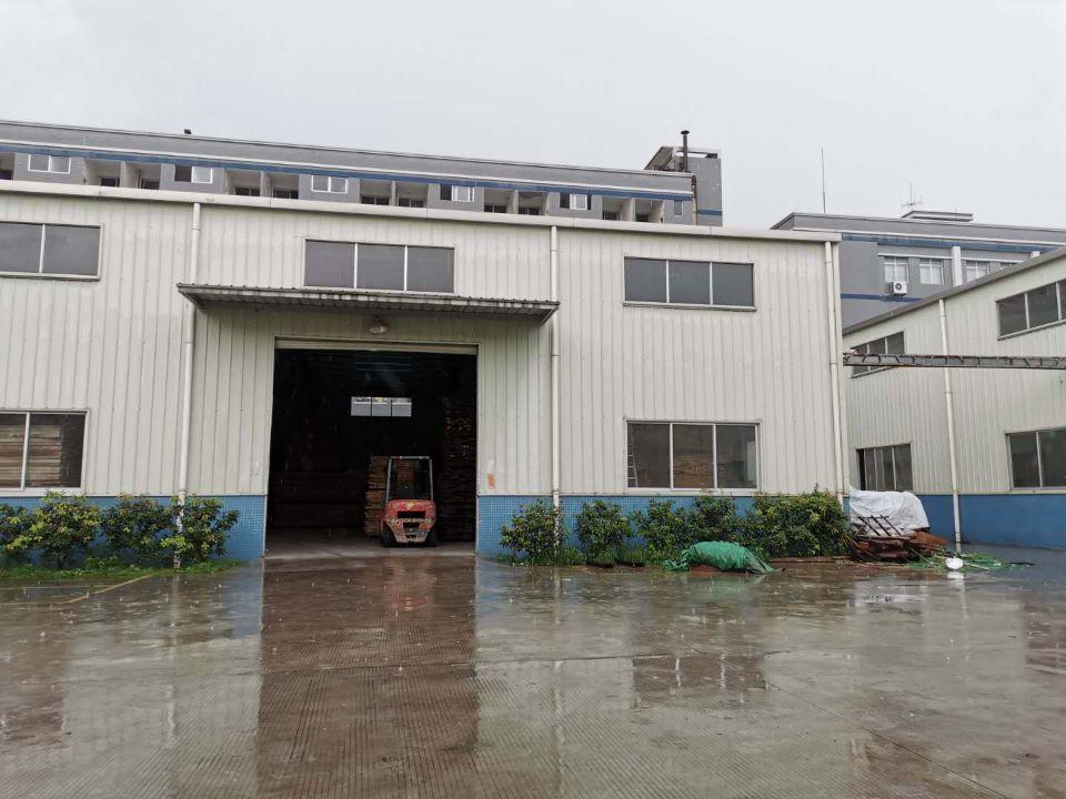 东莞市桥头镇新出新出家具厂房4300平米出租