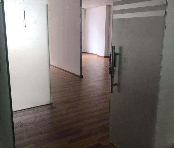 福永地铁口(立新湖)三楼3900平方现有20,52,104平图片8