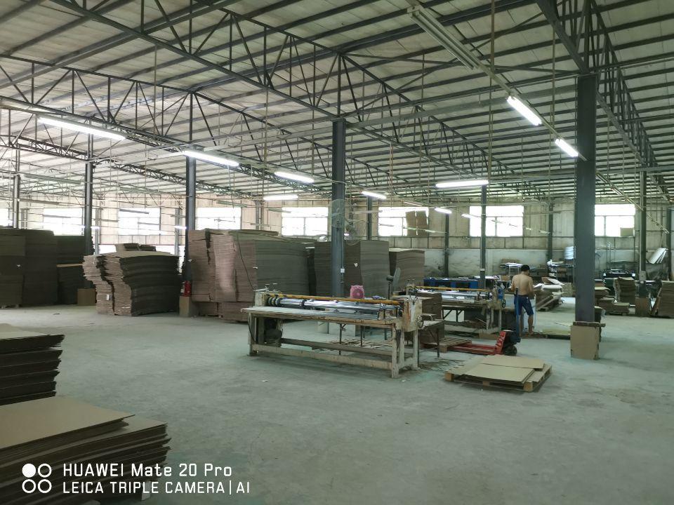 8米高仓库2550平方业主直接招商