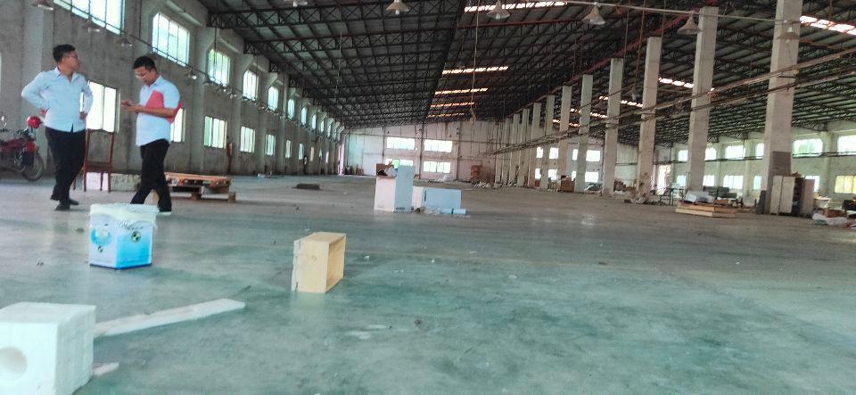 惠东白花物流仓库占地11万、建筑5万平方米厂房,滴水八米