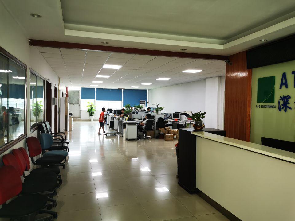 福永沿江高速口独门独院原房东厂房2楼整层1000平方。