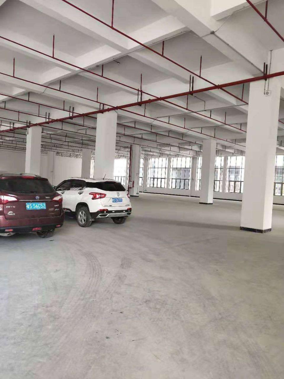 茶山镇新区标准厂房1楼6.5米高14000平米招租