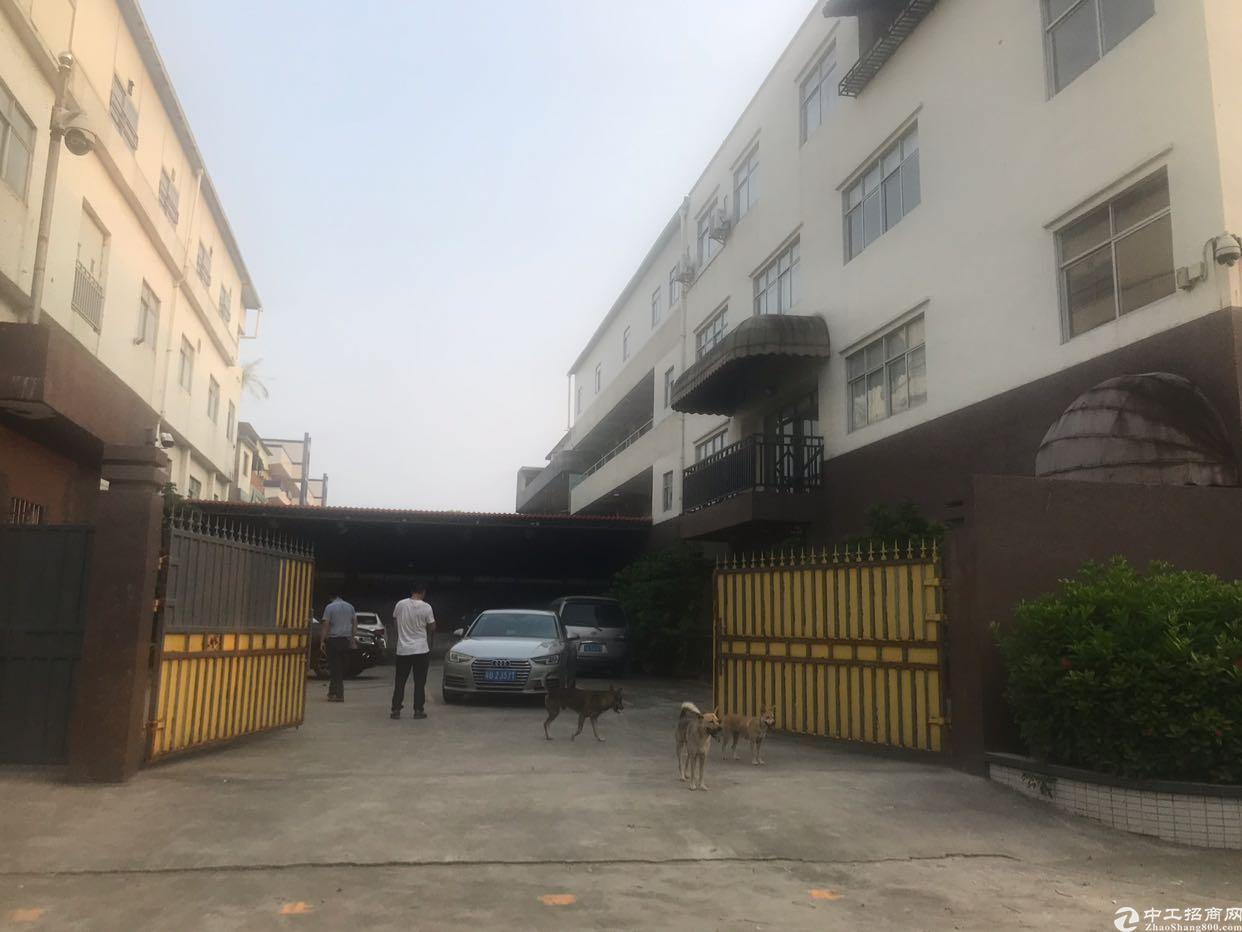 东莞黄江镇现有独院4400平标准厂房带豪华装修出租