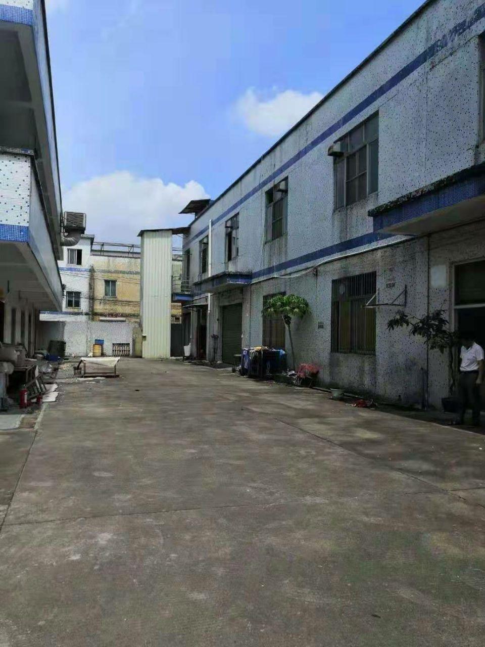 白云区均禾街道罗岗村主干道旁电商一楼450平标准厂房仓库出租
