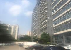 福永地铁口楼上200平米带装修写字楼出租