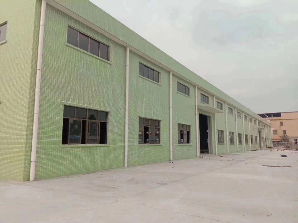 泰美占地31亩建筑7200平方单一层国有证厂房出售