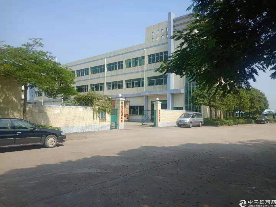 谢岗「原房东」独院厂房10000平方低价招租