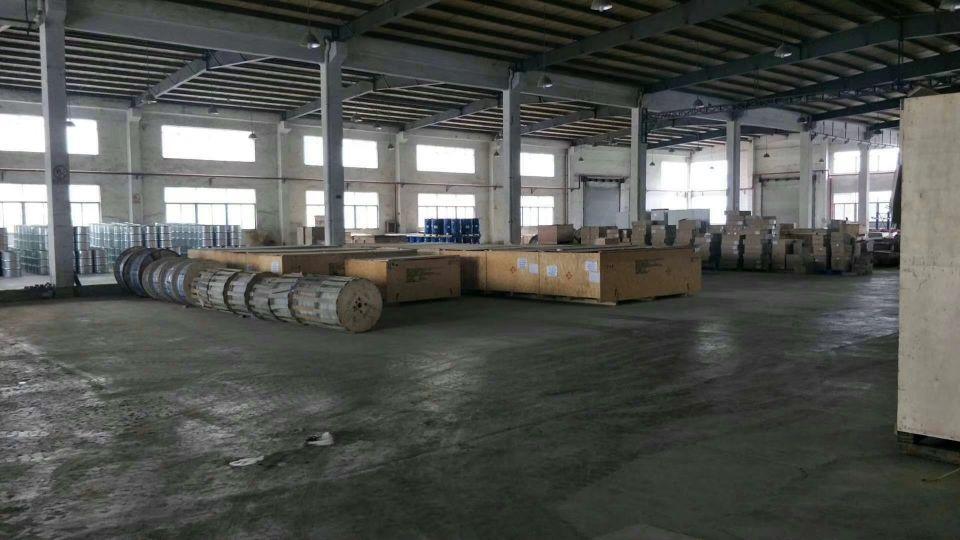 适合物流仓库滴水9米单一层厂房出租