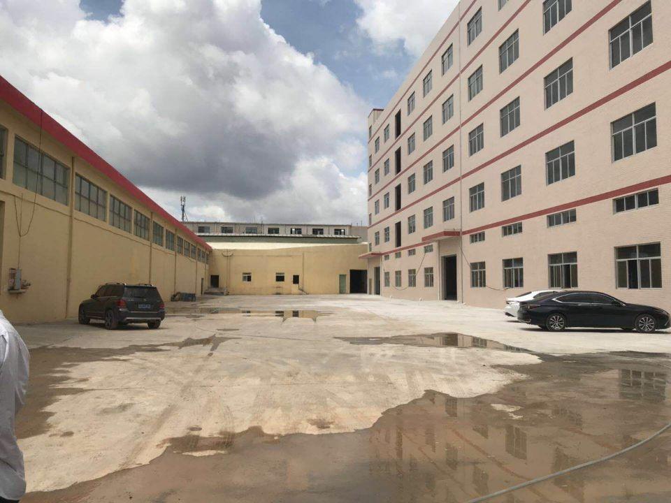 清溪镇三中新出10000平方,,可分租大小500平方起。