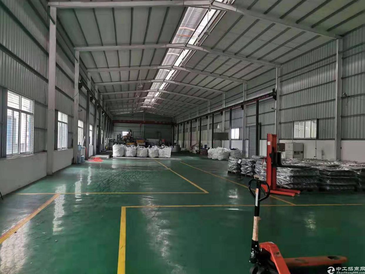 清溪紧邻凤岗单一层2000滴水9米水电齐全带现成精装修办公室