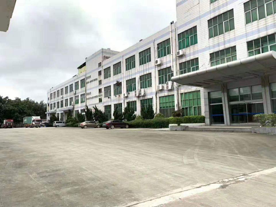 长安新出楼上豪华装修厂房2580平米