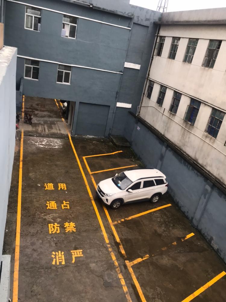 坪地标准厂房楼上1000平