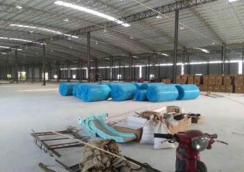 新出物流仓库。带卸货平台。交通方便图片1