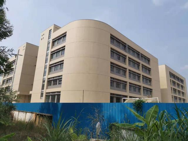 惠州市惠城区三栋莲塘村文业幕墙厂旁边