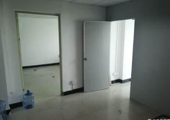 龙华汽车站精装小面积办公室出租带隔间大小都有图片3