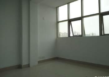 龙华地铁口,龙胜商业大厦,1+1格局,拎包入住图片5