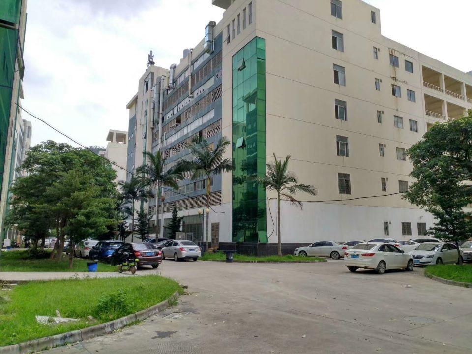 仲恺同方信息港旁楼上现成装修可办环评厂房500-2500平