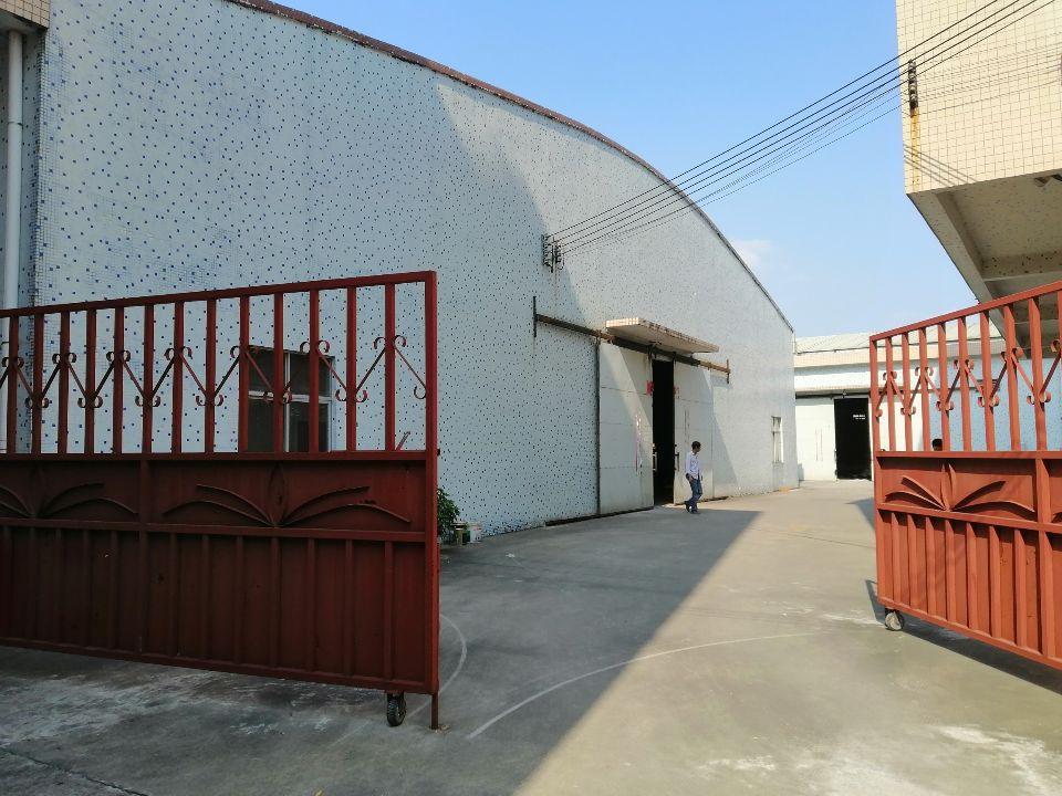 人和镇东华工业区新出单一层厂房出租